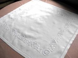Decke mit Schwälmer Stickerei