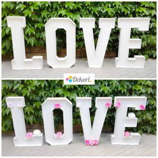 Svadobné písmena. Biele písmena LOVE. Výška písmena 90 cm.