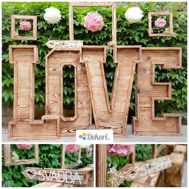 Svadobné písmena Drevené písmena LOVE. Výška písmena 1 m.