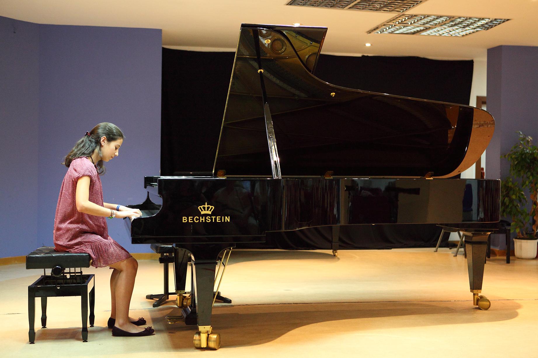 PIANO_4CUERDAS