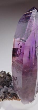 REF13-  Amethyst Quartz-  580€