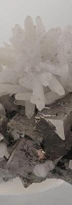 REF31-  Arsenopyrite with Quartz-  35€