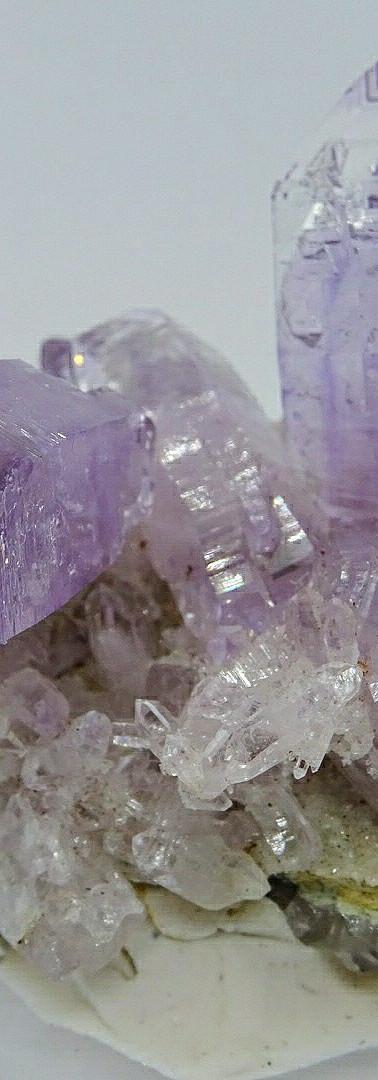 REF13 Amethyst crystals on matrix (60€+shipping cost)