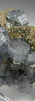 REF35-  Fluorapatite and Siderite-   440€