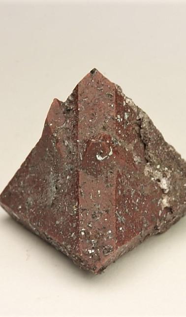 REF22- Zunyite with Hematite - €75