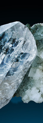 REF28  Rock Crystal & Adularia 240€