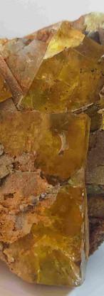 REF06  Yellow Fluorite, Quartz and pyrite-  405€