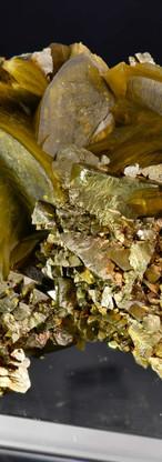 REF40- Chalcopyrite on Sidérite    480€