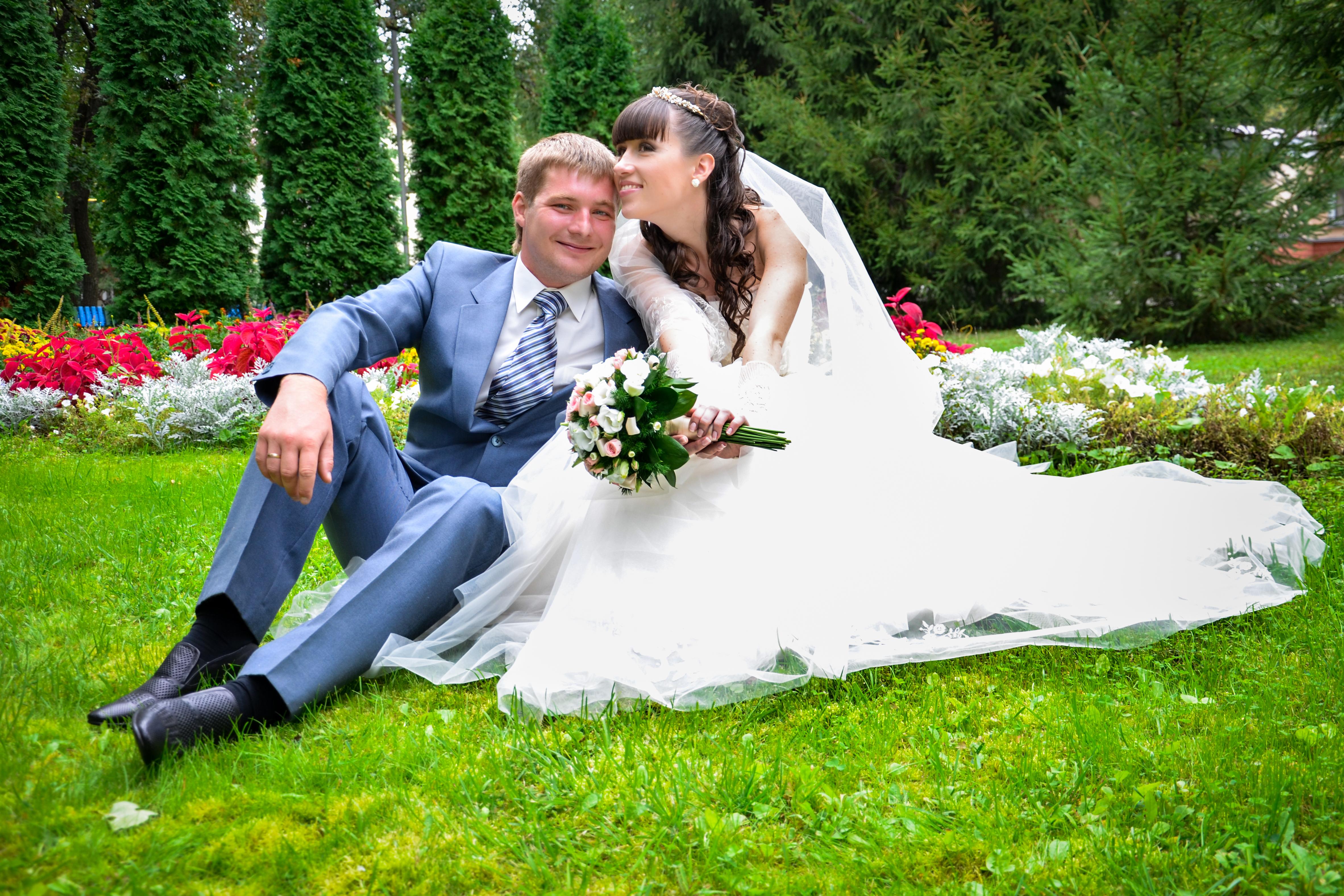 эффективного свадебные фотографы саратова давние времена белая
