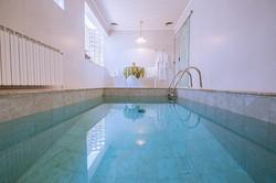 Chalé com piscina Romeu