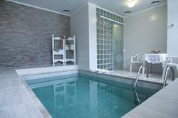 Chalé com piscina Lobão