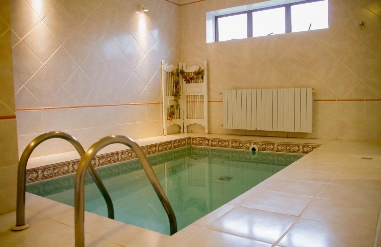 Chalé com piscina Maria