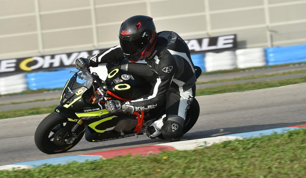 OHVALE_Daytona_Bike.jpg