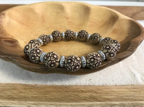 Flower Acrylic Bead Bracelet