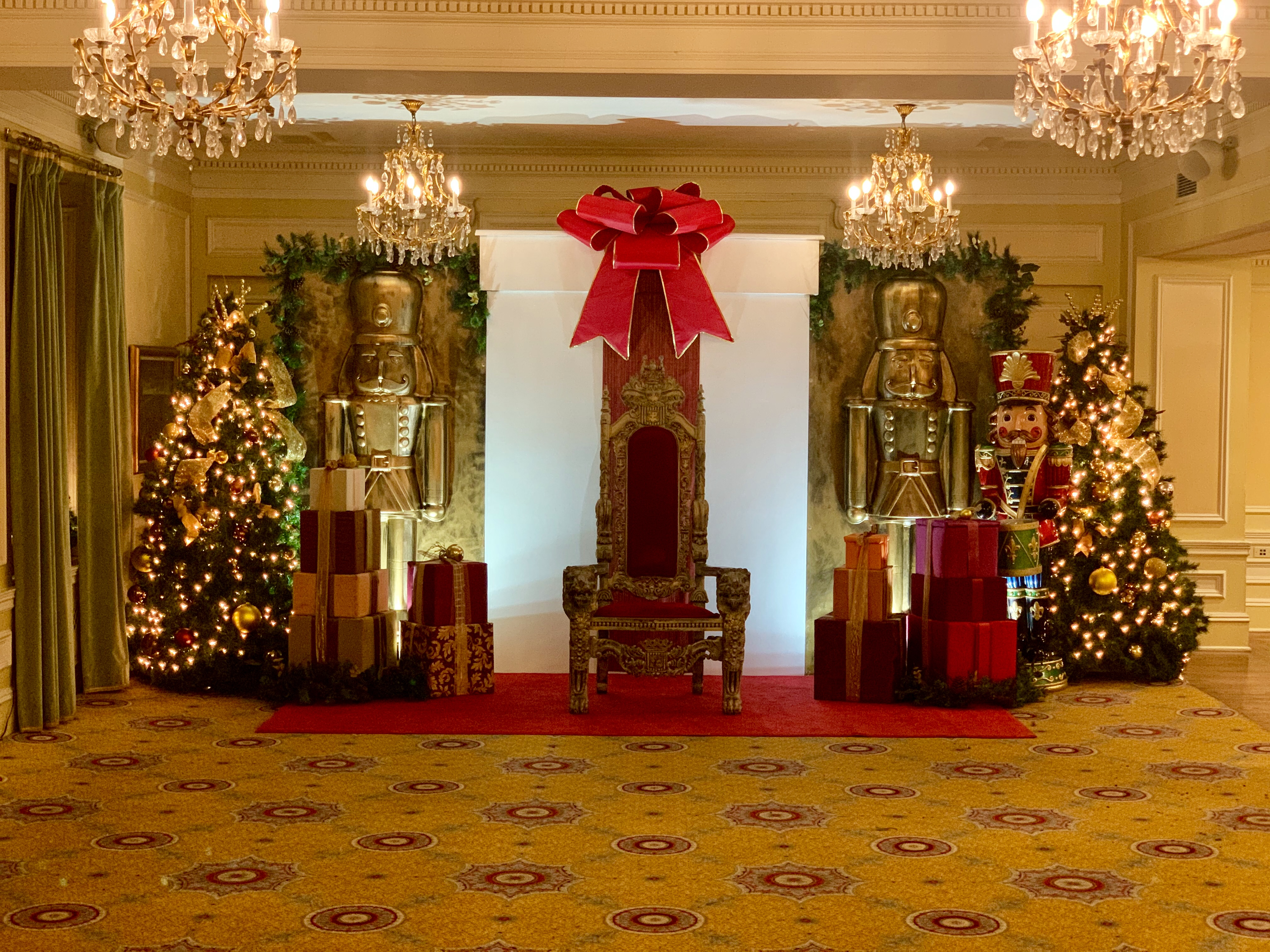 Chicago Union League Holiday Event