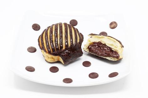 Perla with dark chocolate
