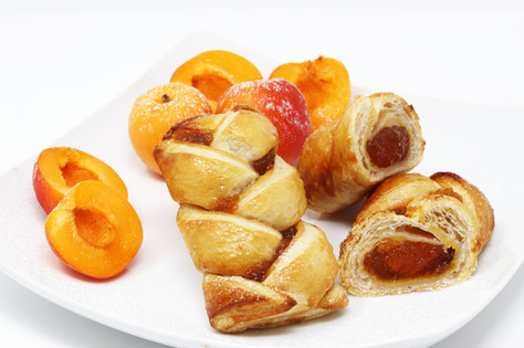 Italian lover with apricot