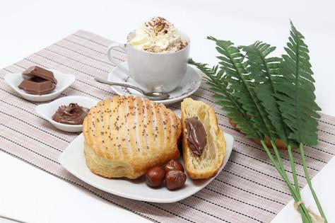 Conchiglia maxi with hazelnut cream