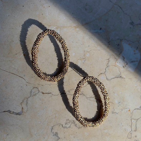 Flecks of Gold (Oval)