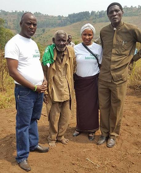 Mzee kanyungu 2_edited.jpg