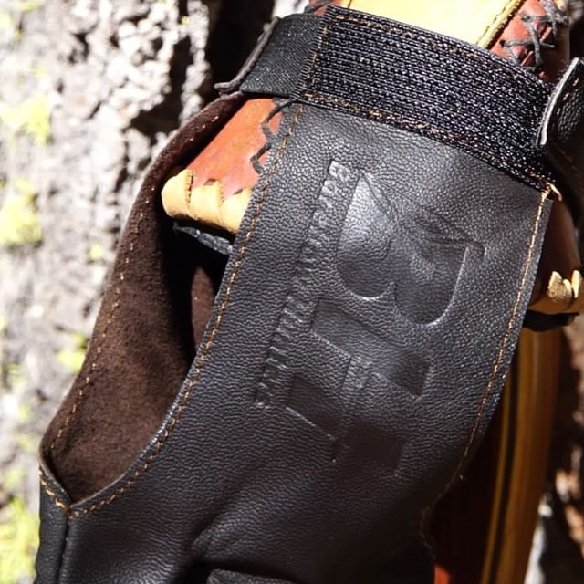 Barebow shooters glove!