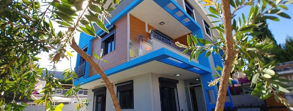 Satılık Didim'de 3+1 Triplex Villa