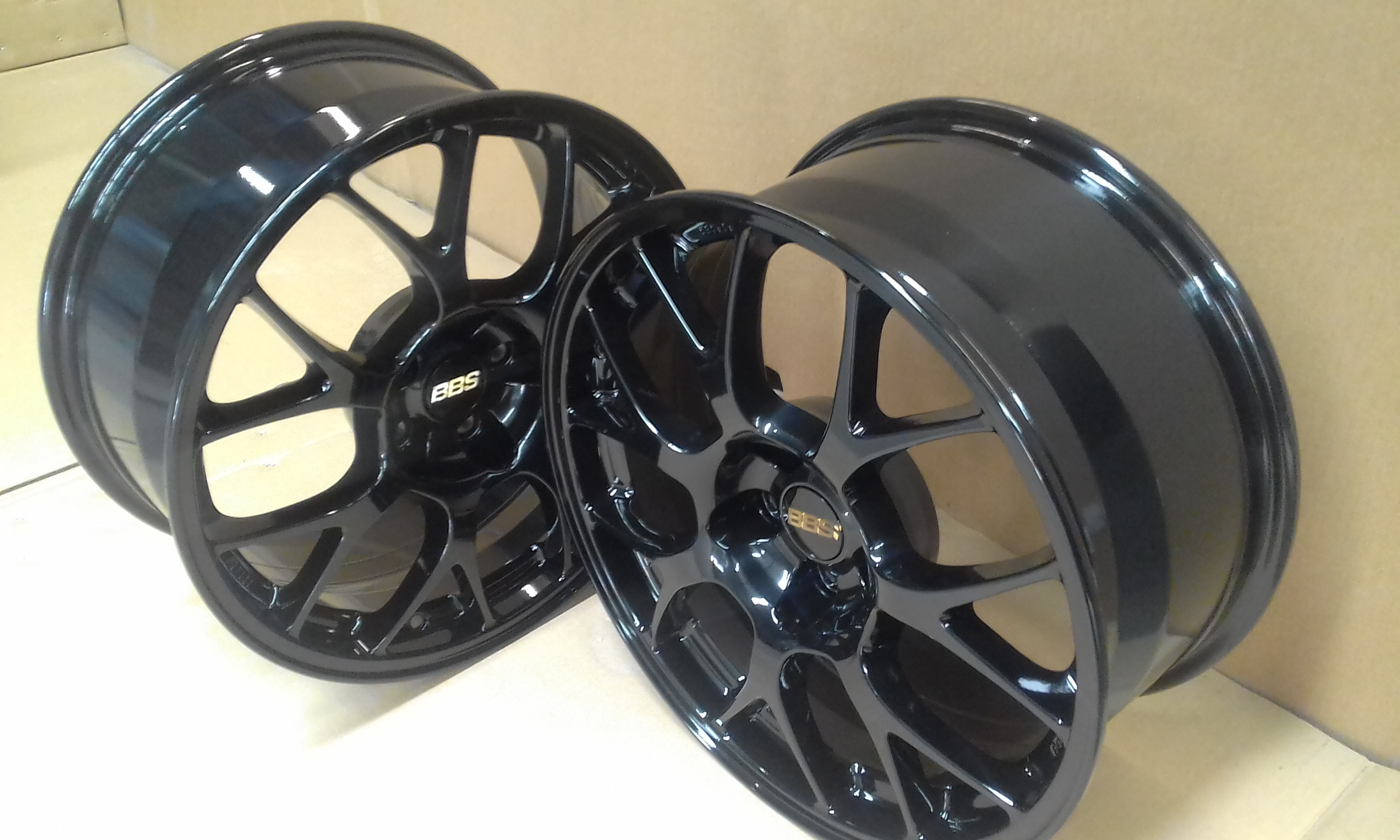 Powdercoat - Oxytec Jet black - BBS wheels 4