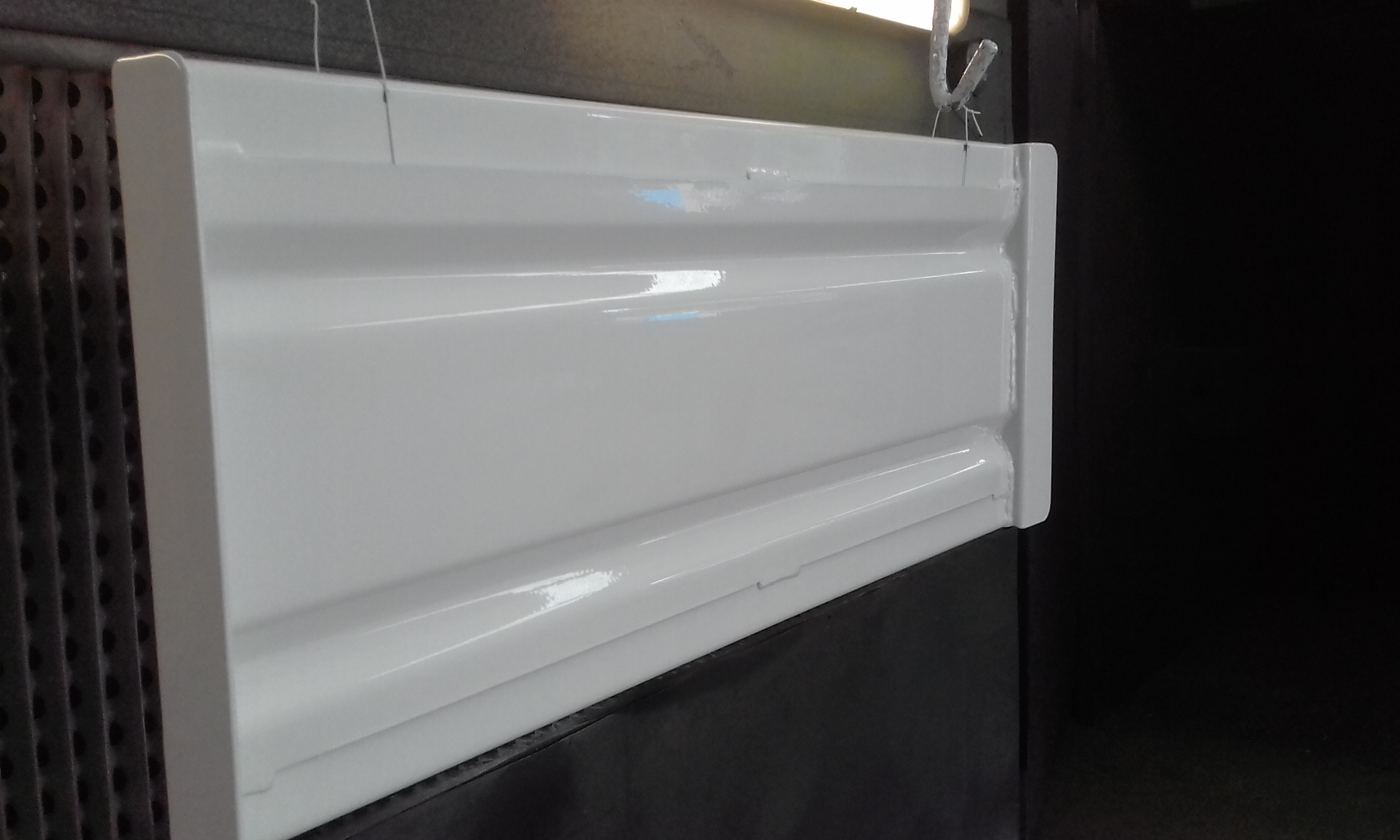 Powder coating - Oxytec Pearl White - Ute tray sides
