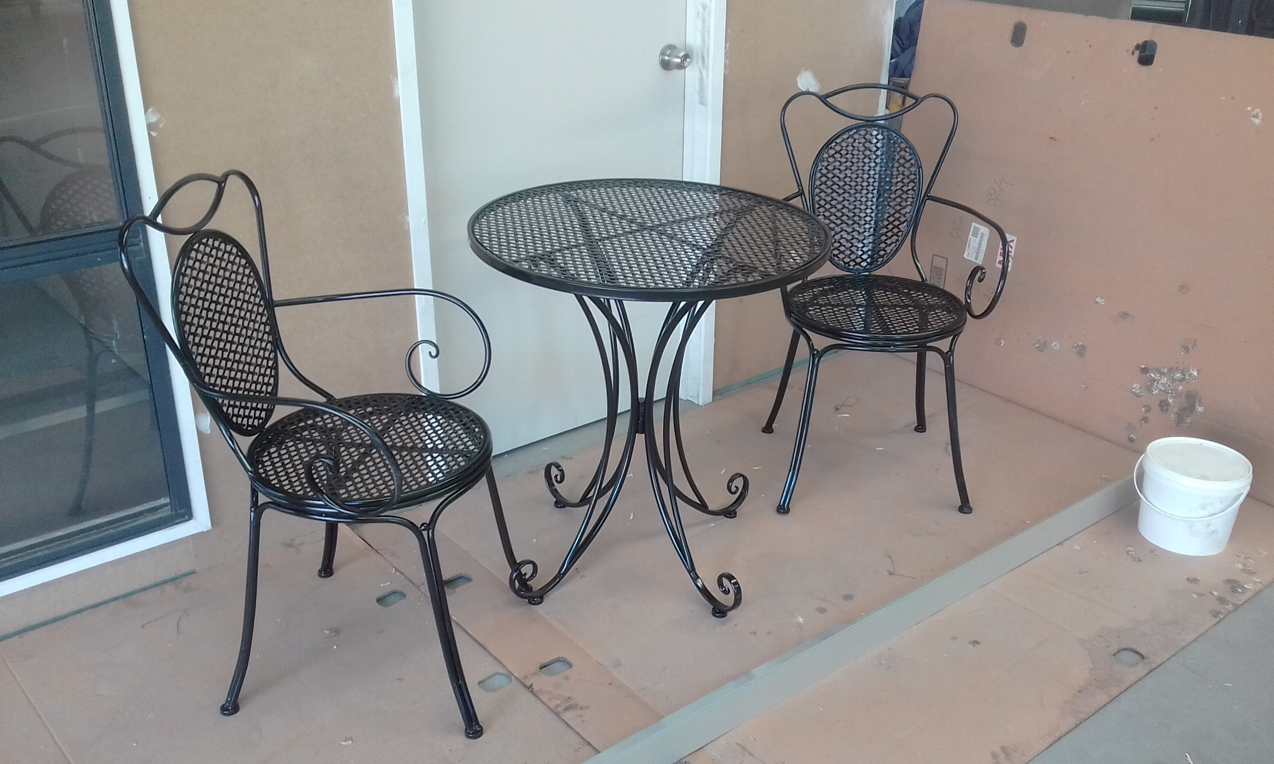 Powder coating - Oxytec Satin black - Patio furniture (3)