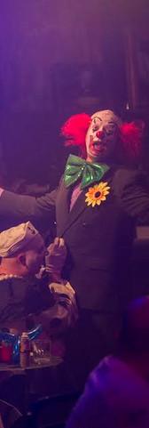 Clown Bar