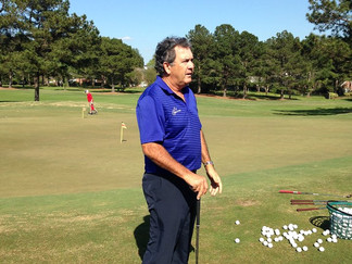 PGA golfer, David Frost provides a clinic at a local country club