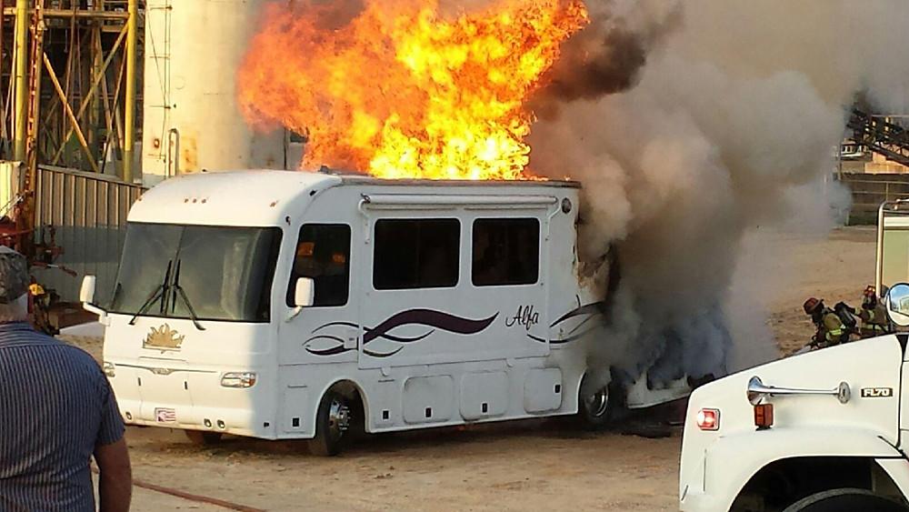 Powers Taylors Motorhome fire _140.jpg