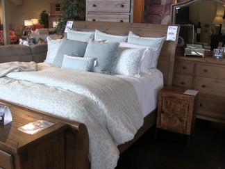 Meridian furniture store helps Pine Belt tornado survivors