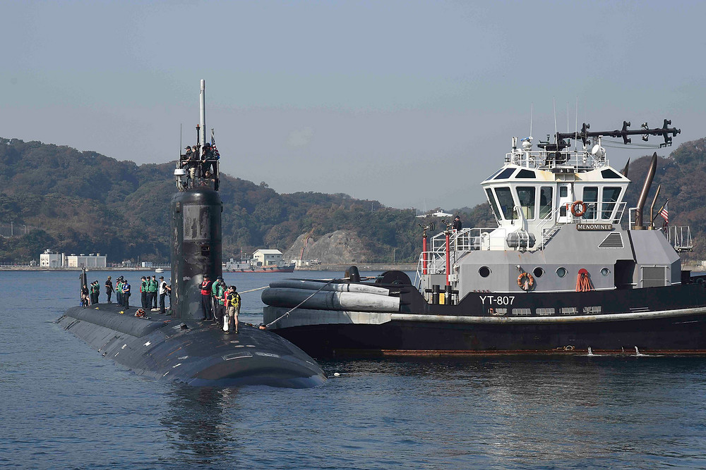 YOKOSUKA, Japan (Nov. 6, 2017) The Virginia-class attack submarine USS Mississippi (SSN 782) prepares to moor at Fleet Activities Yokosuka for a port visit. U.S. Navy port visits represent an important opportunity to promote stability and security in the Indo-Asia-Pacific region, demonstrate commitment to regional partners and foster relationships. (U.S. Navy photo by Mass Communication Specialist 2nd Class Brian G. Reynolds/Released)