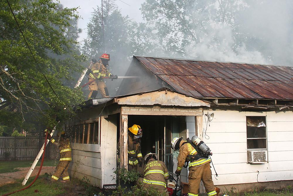 Svill Hinton Rd 5-10-15 - front on roof_2343.jpg