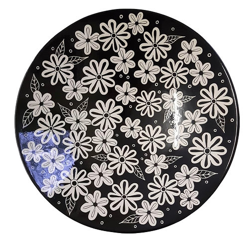 BLACK & WHITE LARGE ROUND BOWL