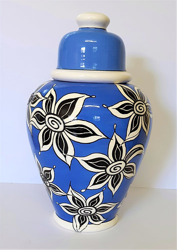 LARGE BLUE B&W URN