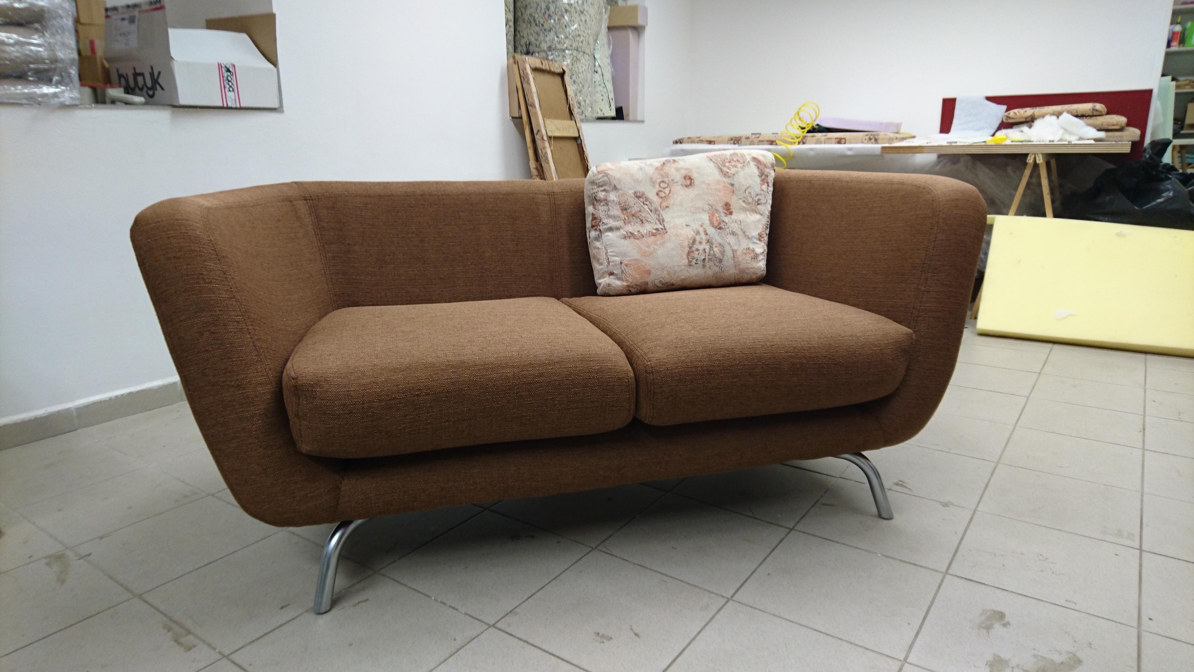 Sofa po renovaci