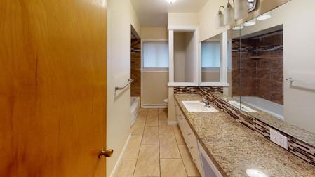 856-S-Stout-Bathroom.jpg