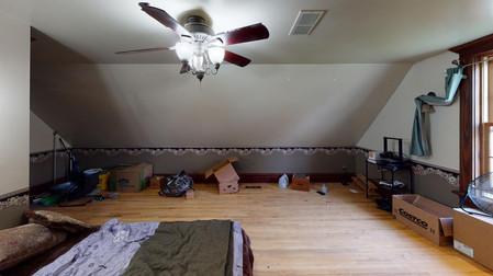 404-W-Riverton-Bedroom.jpg