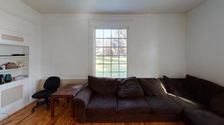 404-W-Riverton-Living-Room(1).jpg