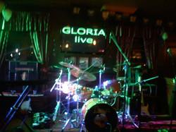 Gloria live