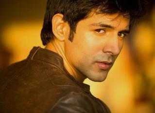 Kartik Aaryan: I'd love to play anti-hero like Shah Rukh Khan in 'Baazigar'