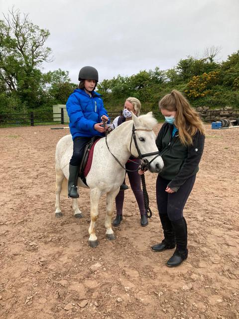 Senior Explorers go horseriding