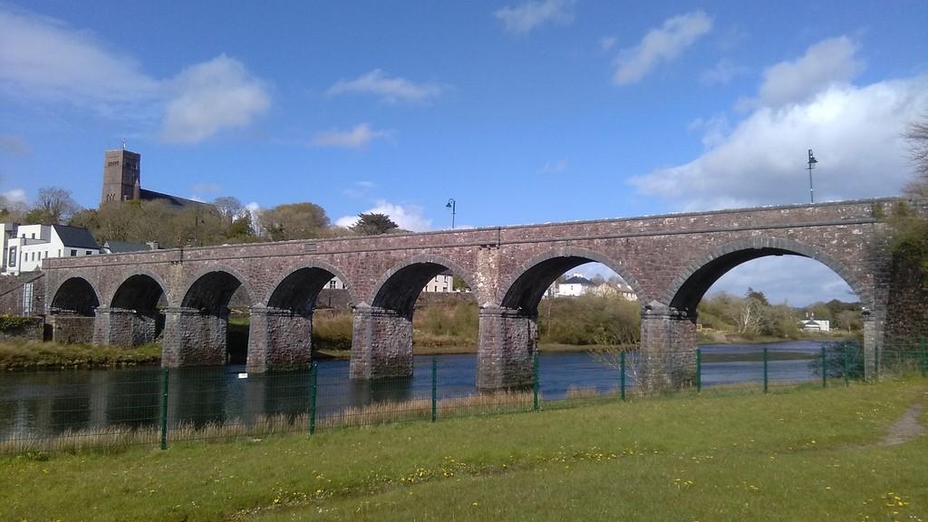 The beautiful 7 Arch Bridge