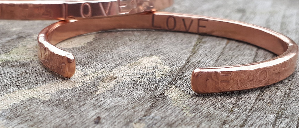personalised copper bangle front and back view