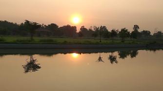 Contemplação no Nepal