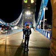 Maharishi Aazaad shoots at London Bridge for his movie THE GREAT PATRIOT in UK