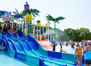 East Dundee, Illinois: Santa Springs Water Park