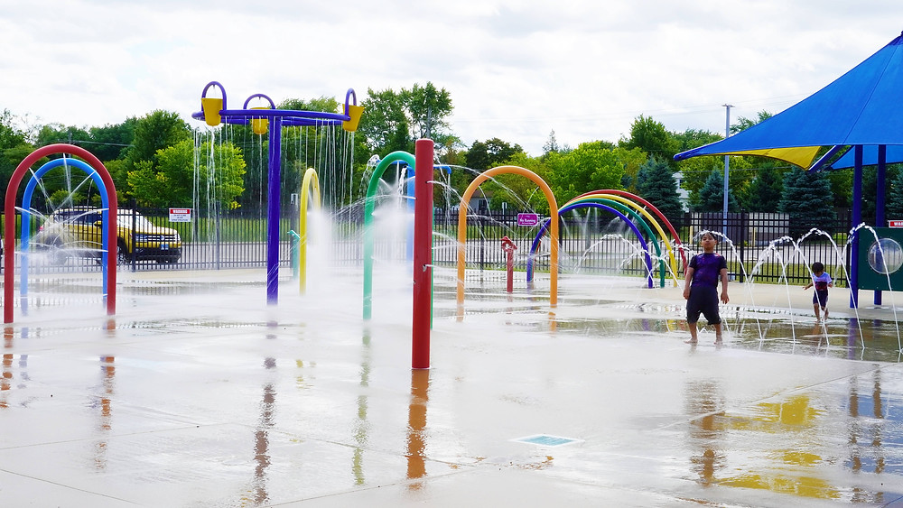 Spray 'N Play in Buffalo Grove, Illinois